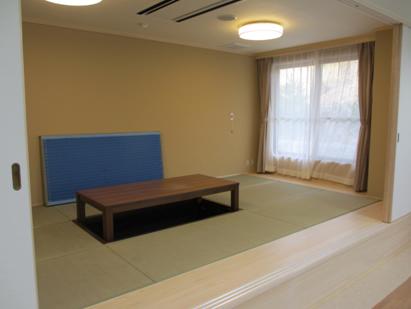 静養室(畳コーナー)